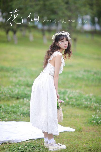 這是高中生?高挑身材+名模長腿 天使系韓國女高中生??20P