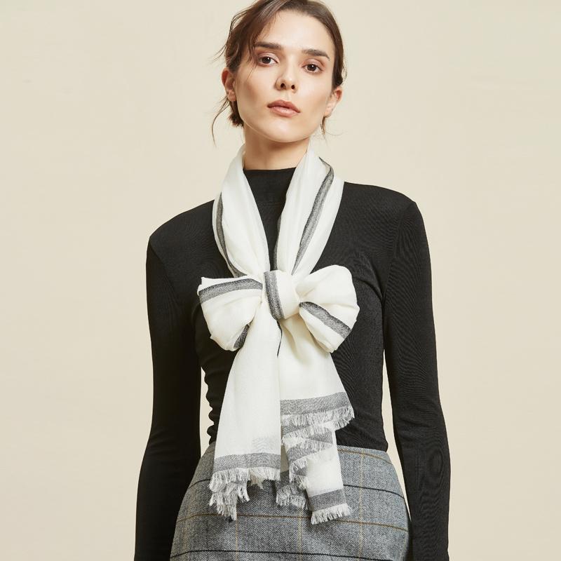 网易严选 羊毛素雅超薄围巾 2色新低110元包邮