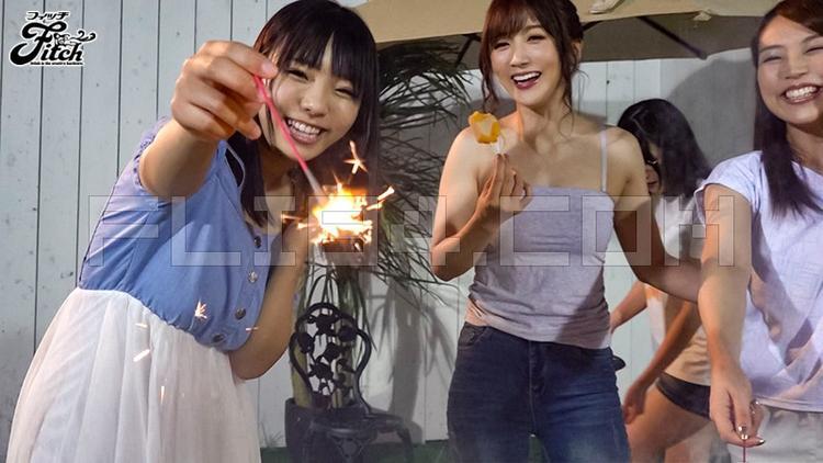 """肉感片商Fitch集結5位人氣女優演出""""游泳社大L交"""" 男人團 熱圖3"""