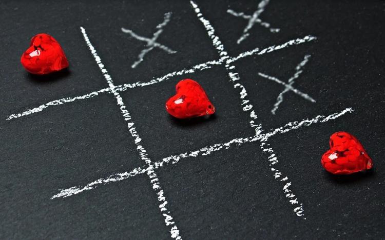 Love Bug作者说,在网络帮派战争中创建了bug